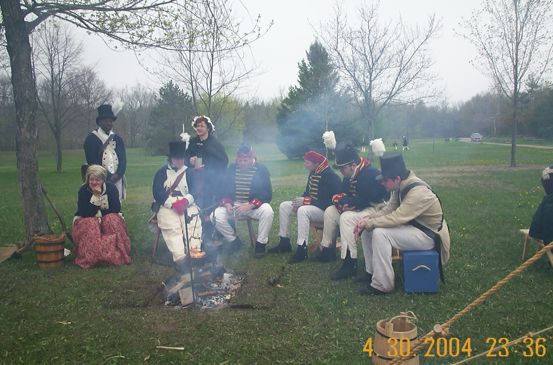 2nd Michigan and 2nd US Artillery around the fire